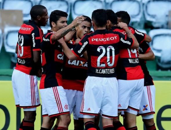 Pés no chão com ambição. - Blog Ser Flamengo ae784aa719b19